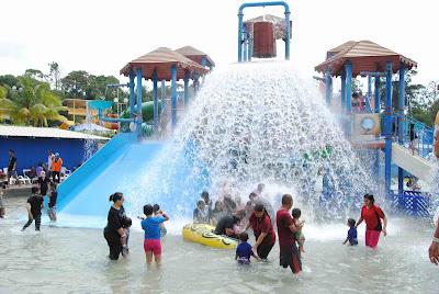 melaka-wonderland-theme-park-holidays