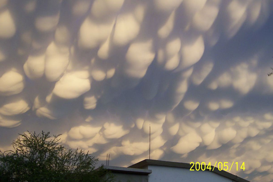 Mammatus Clouds Over Mexico by Raymundo Aguirre