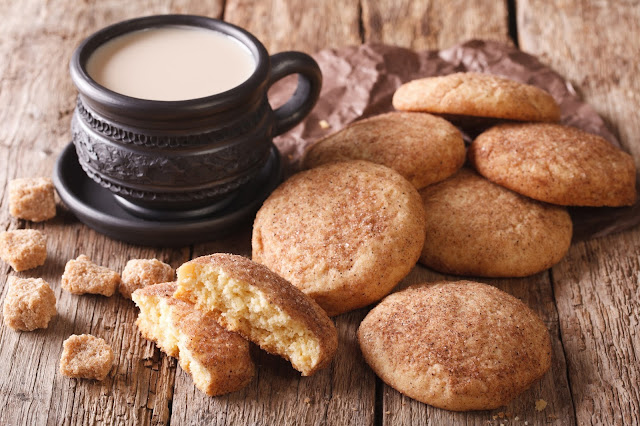Snickerdoodles a Christmas favourite at  Debt Free Cashed Up and Laughing Click through for the recipe