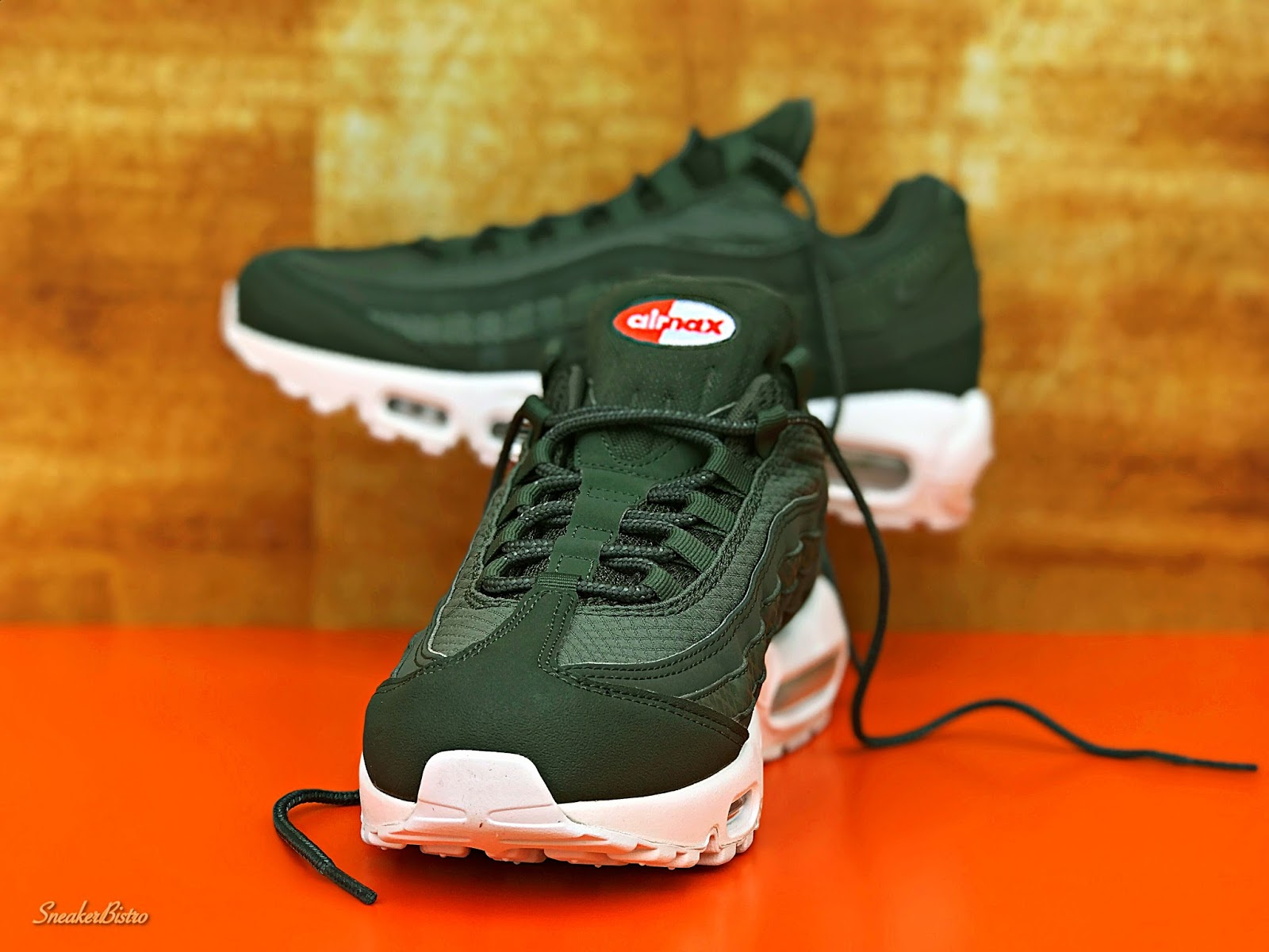 01d18001d3 SNEAKER BISTRO - Streetwear Served w| Class: Nike Air Max 95 Premium ...
