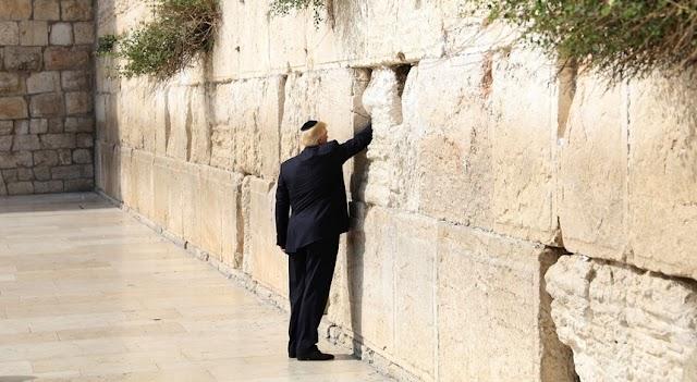 Trump primeiro Presidente dos EUA a visitar Muro das Lamentações
