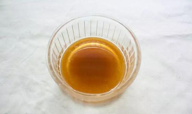 Chia sẻ cách trị mụn trứng cá nhanh chóng với nha đam và mật ong