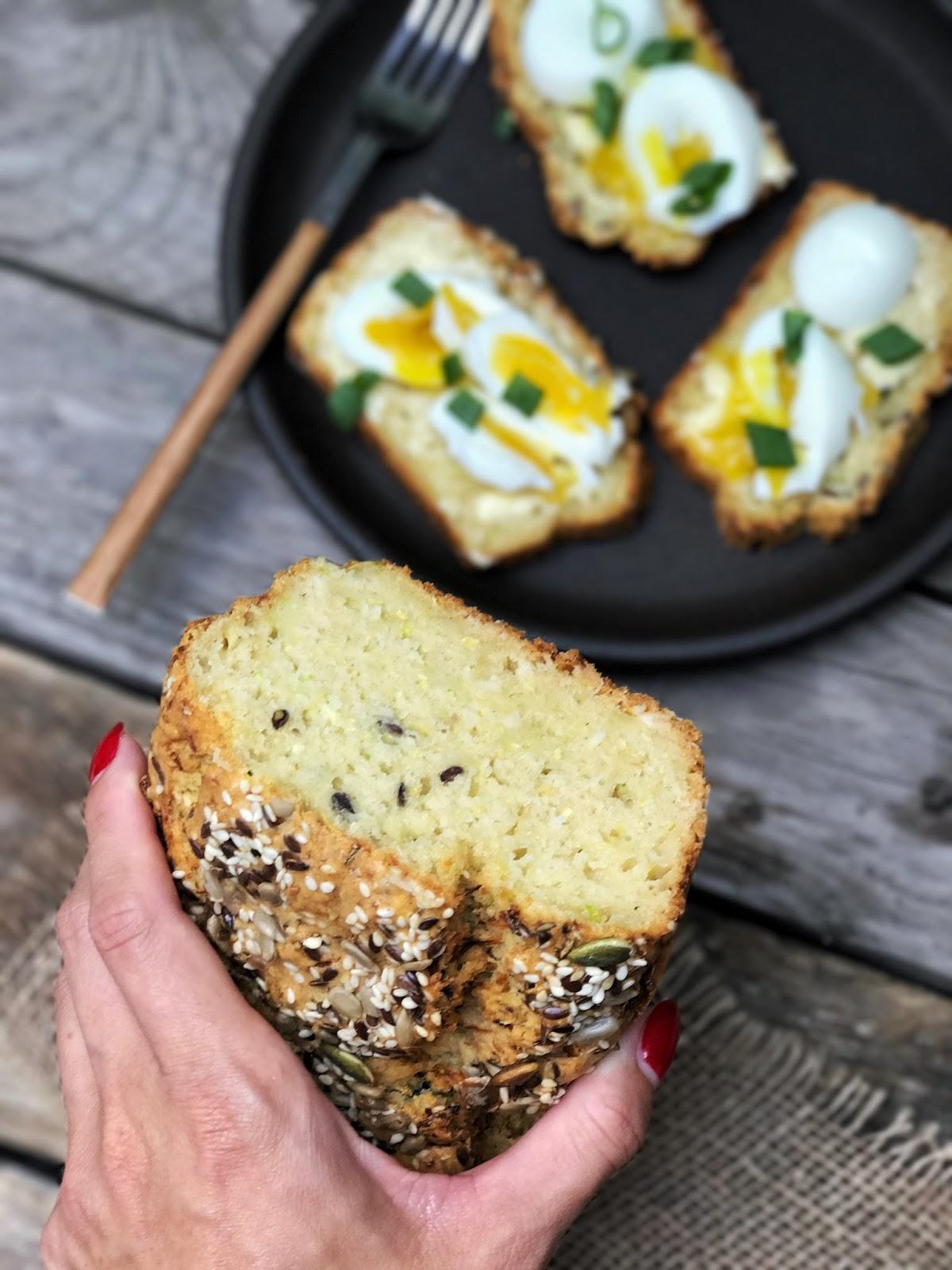 Wytrawny chlebek z cukinii