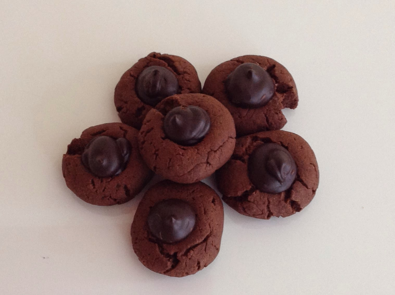 Chocolate and muscovado sugar thumbprints cookies
