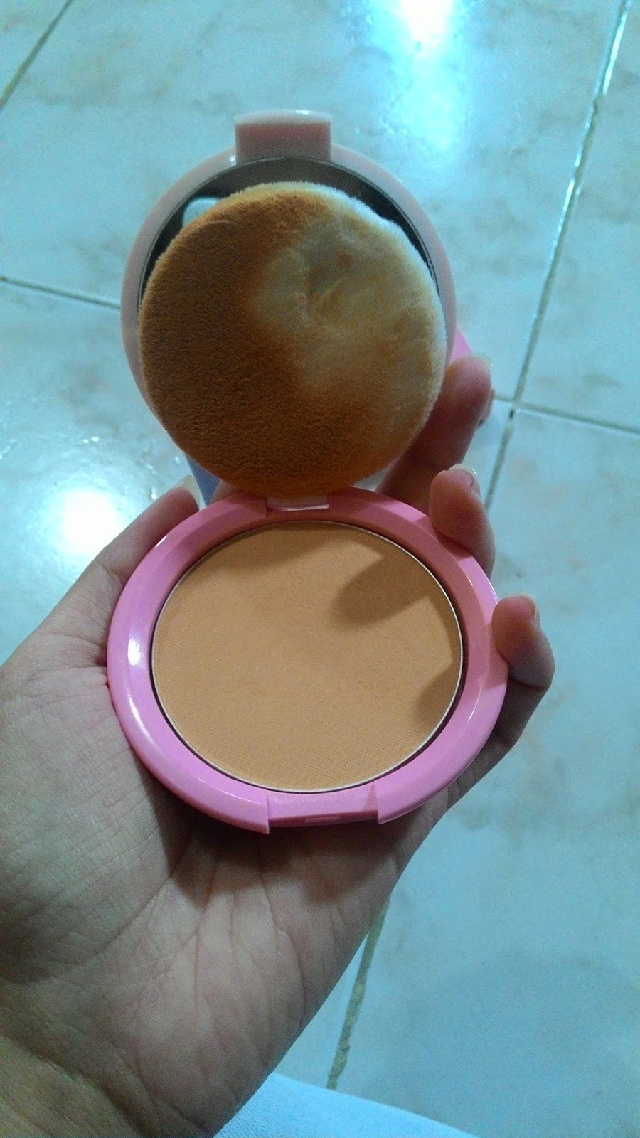 Fairytale Of Mine January 2016 Emina Bare With Me Mineral Compact Powder The Packaging Was So Cute Soft Pink Color Have Similar Design Wardah You Were Certainly Know How Products