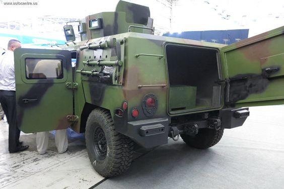 модифікація HMMWV М998 від НВО Практика