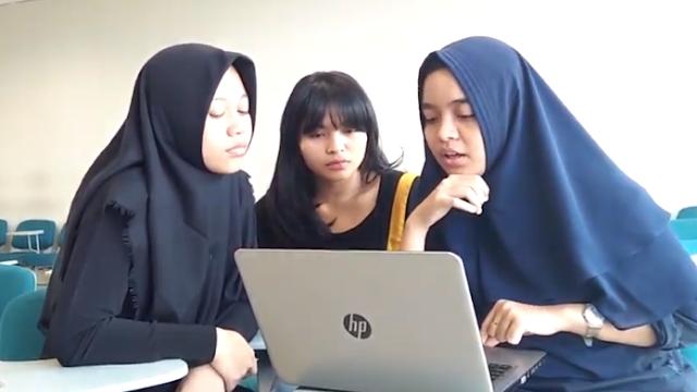 Belajar Menulis Resensi Buku bersama Tiga Mahasiswa Cantik Universitas Negeri Jakarta (UNJ)