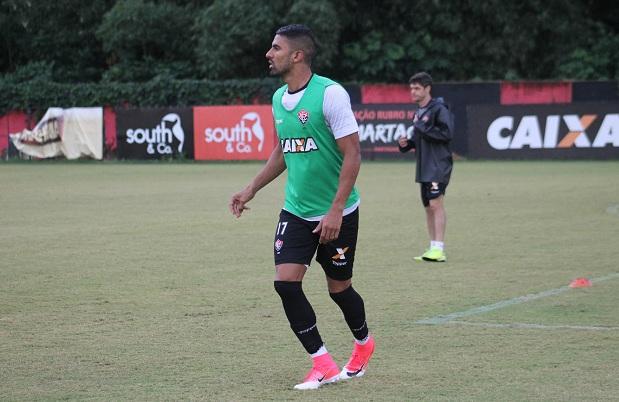 Com Santiago Trellez, Vitória encerra preparação e divulga lista de relacionados para o jogo contra o Grêmio 1