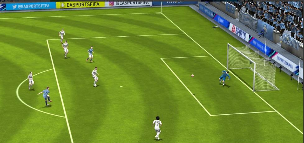 لعبة كرة القدم we 2012 الدورى المصرى للكمبيوتر و الاندرويد