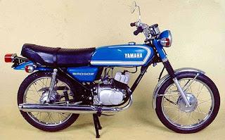 yamahard50 - RD50, CG125,DT180 e CB500: motos nacionais viram clássicas