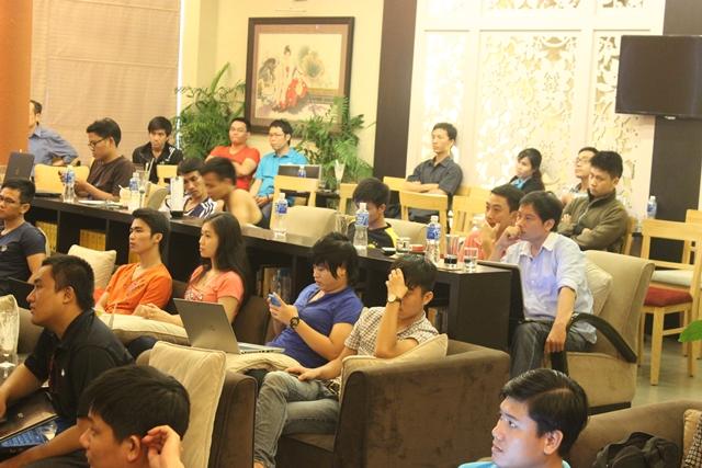 Đào tạo SEO tại Sơn La uy tín nhất, chuẩn Google, lên TOP bền vững không bị Google phạt, dạy bởi Linh Nguyễn CEO Faceseo. LH khóa đào tạo SEO mới 0932523569.