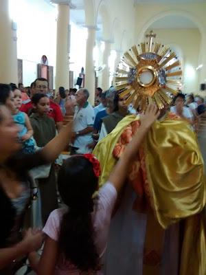 Resultado de imagem para fotos de padre ramos sao paulo do potengi com o santissimo
