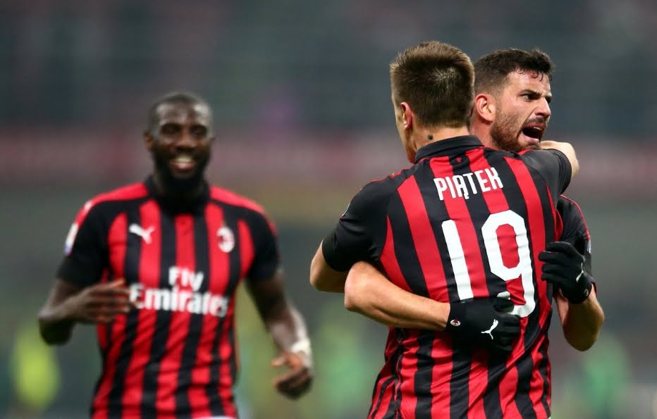 Serie A: Il Milan torna al 4° posto in classifica: 3-0 al Cagliari.