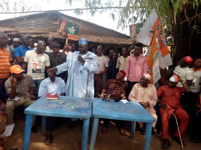 BREAKING NEWS: NORTHERN TRADERS IN AWKA STAND BY OCHENDO FOR 2019 CONSTITUENCY POLLS.