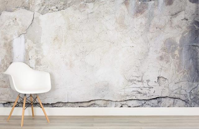 betongtapet sliten ljus grå fototapet betong med sprickor