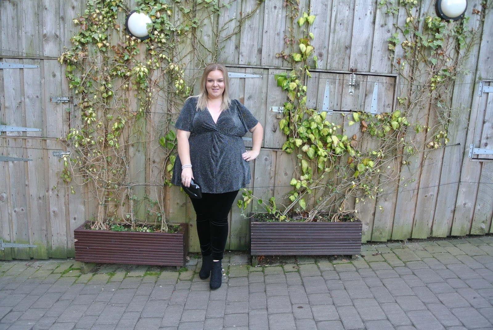 Scarlett and Jo Twist Knot Lurex Tunic, Black Velvet Leggings, Lulu Guinness Lips Clutch, Deichmann black wedge boots Image