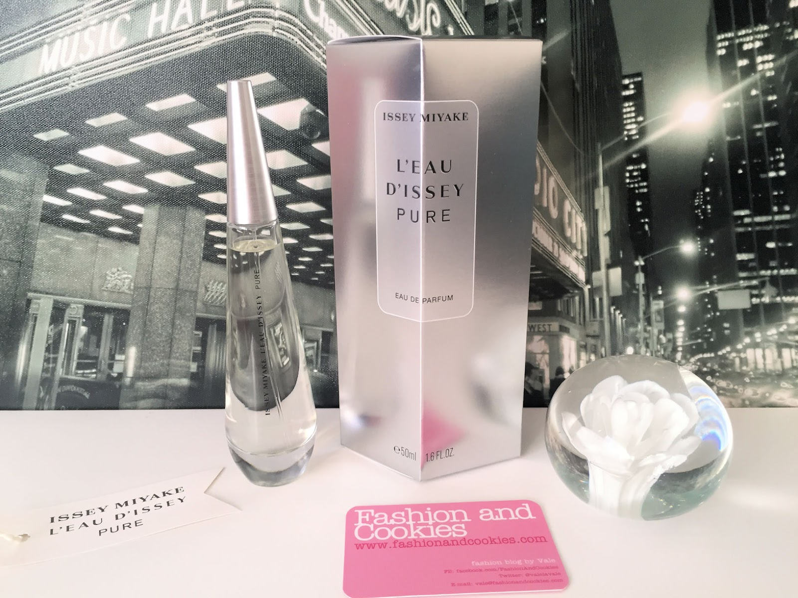 l 39 eau d 39 issey pure eau de parfum by issey miyake fashion. Black Bedroom Furniture Sets. Home Design Ideas