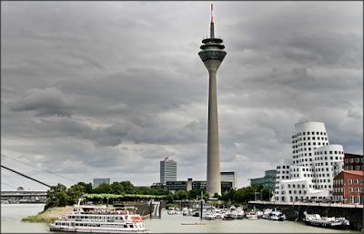 Menara Tertinggi di Dusseldorf, Jerman