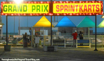 The Fun & Exciting Wildwood Boardwalk at Night