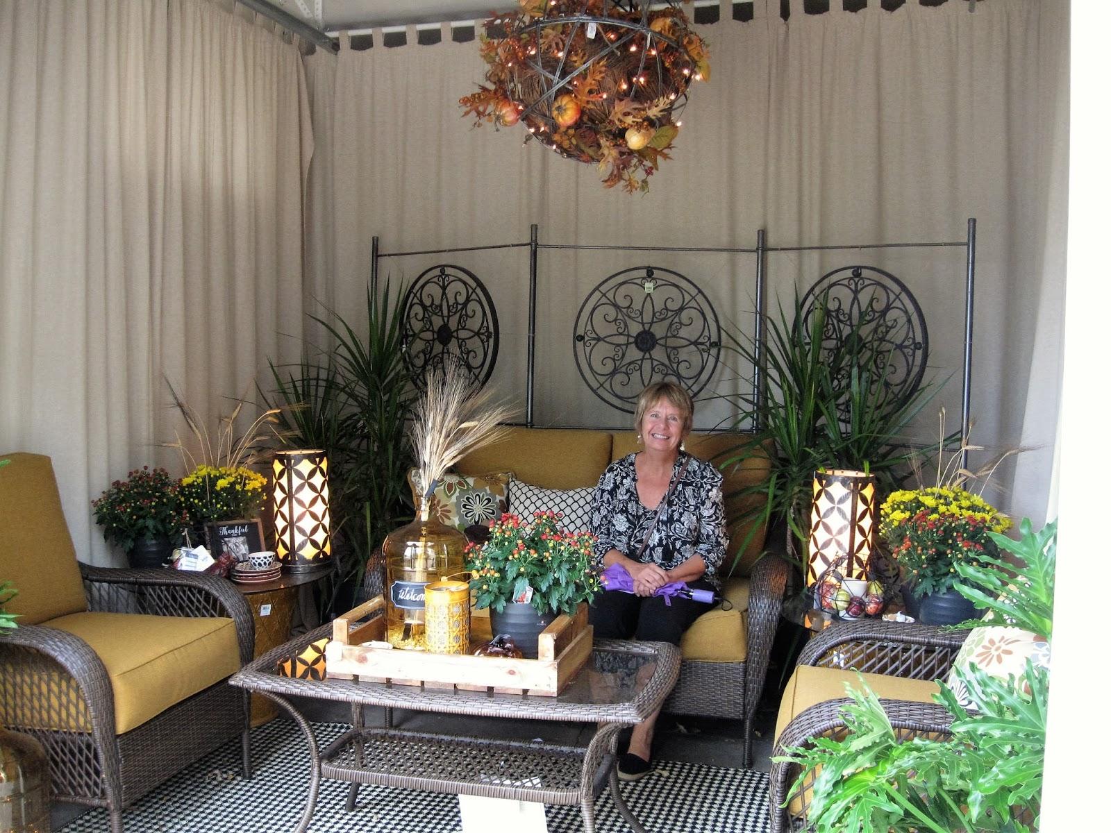 Creative Quest: Bachman's Fall Idea House Tour