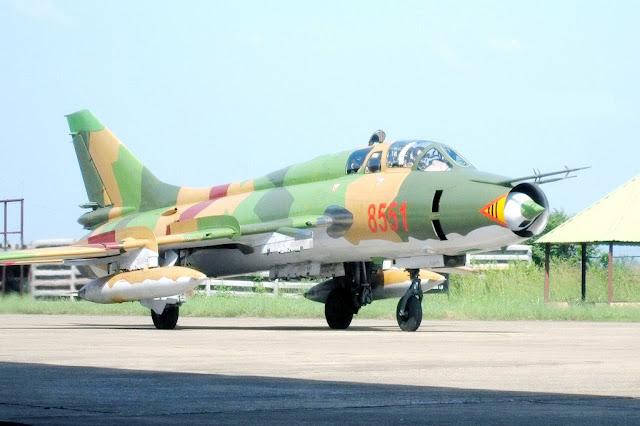 Tại sao các vụ tai nạn máy bay quân sự của Việt Nam ít thấy phi công nhảy dù?