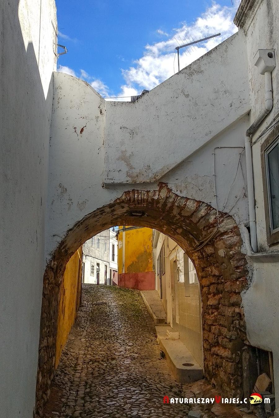 Arco do Pinto, Loulé