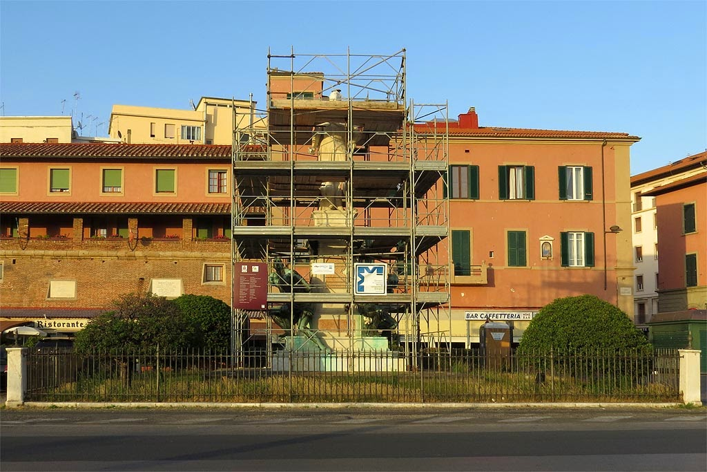 Scaffolding around the Four Moors, Quattro Mori, Livorno