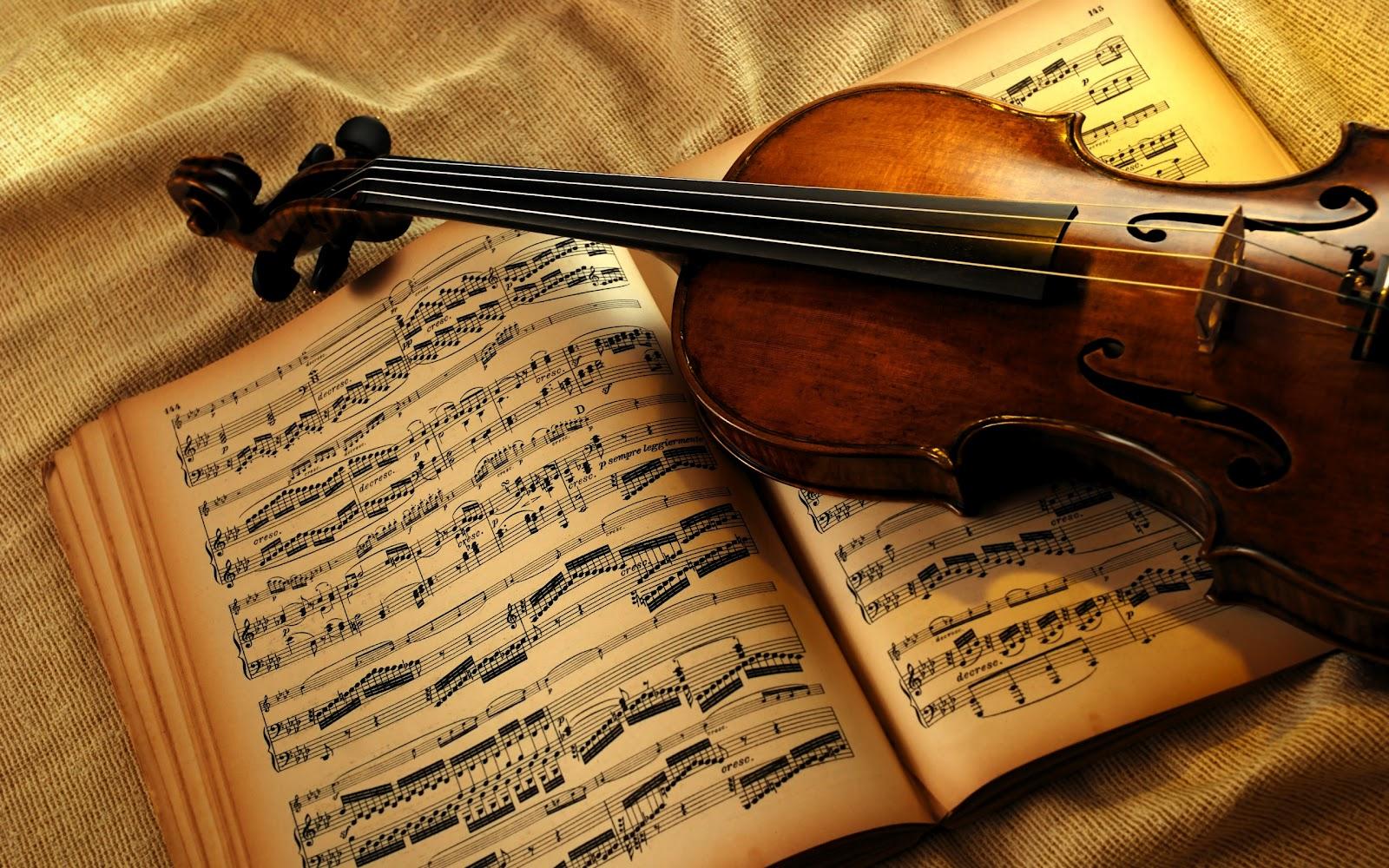 Violin Wallpaper: Changing Dynamics