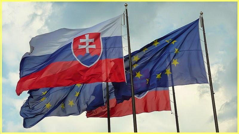 Banderas europeas y eslovacas