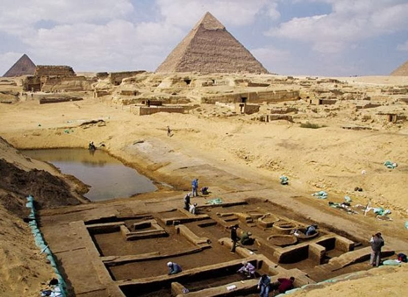 Ruins of barracks, port unearthed at Giza Pyramids