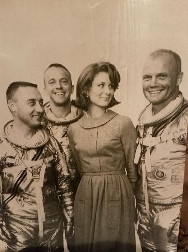 25 Fascinating Pictures Show How Cool Our Grandparents Used To Be - My Grandmother With Then-Mercury 7 Astronauts John Glenn, Gus Grissom, And Alan Shepherd (September 14th, 1959)