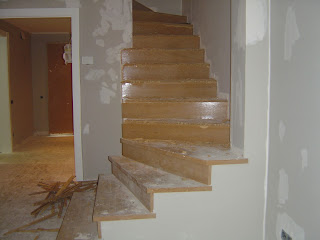 Forrar una escalera con madera de roble