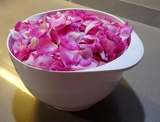 Pétalos de rosa para elaborar helado