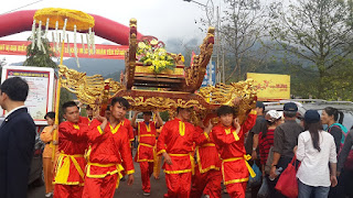 Yen Tu pagoda festival in Quang Ninh province 1