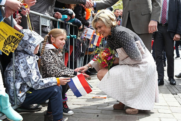 King Willem-Alexander, Queen Maxima, Princess Amalia, Princess Alexia and Princess Ariane, Princess Laurentien attend the 2016 Kings Day celebration in Zwolle. Pili Carrera Dress, Zara Lace Dress