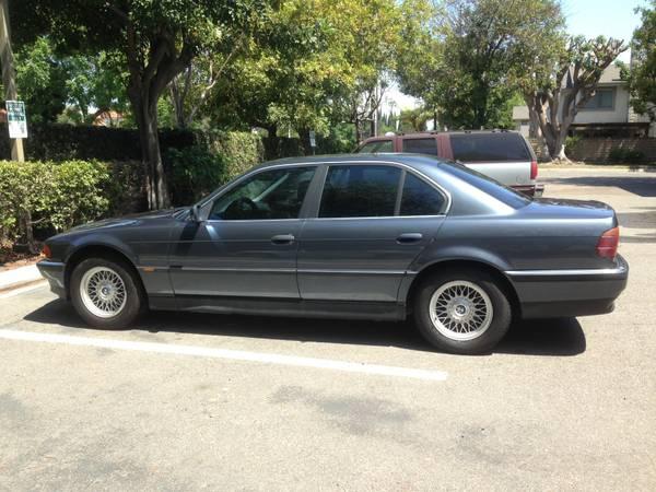 Daily Turismo: Turbo Diesel E38 5-Speed: 1996 BMW 725TDS