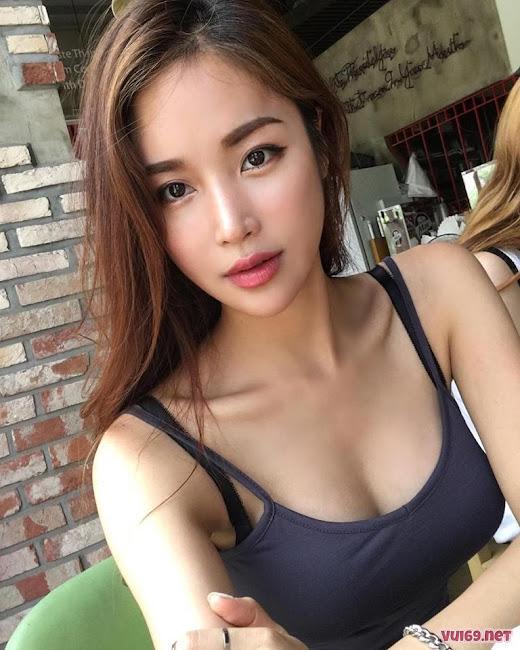 Hot Girl Jessica Đầy Tự Tin Và Quyến Rũ