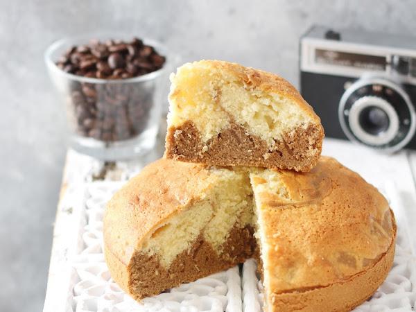 Torta variegata al cocco e caffè