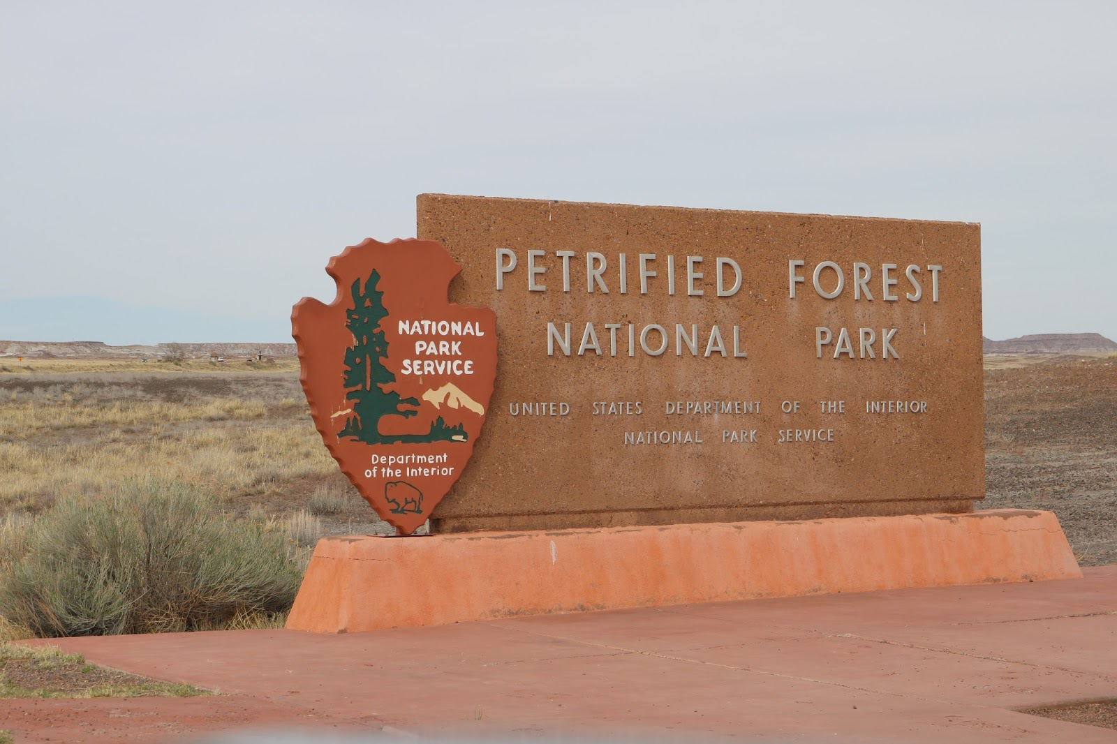 west of the petrified forest hwy 180 i 40 also merges with historic route 66