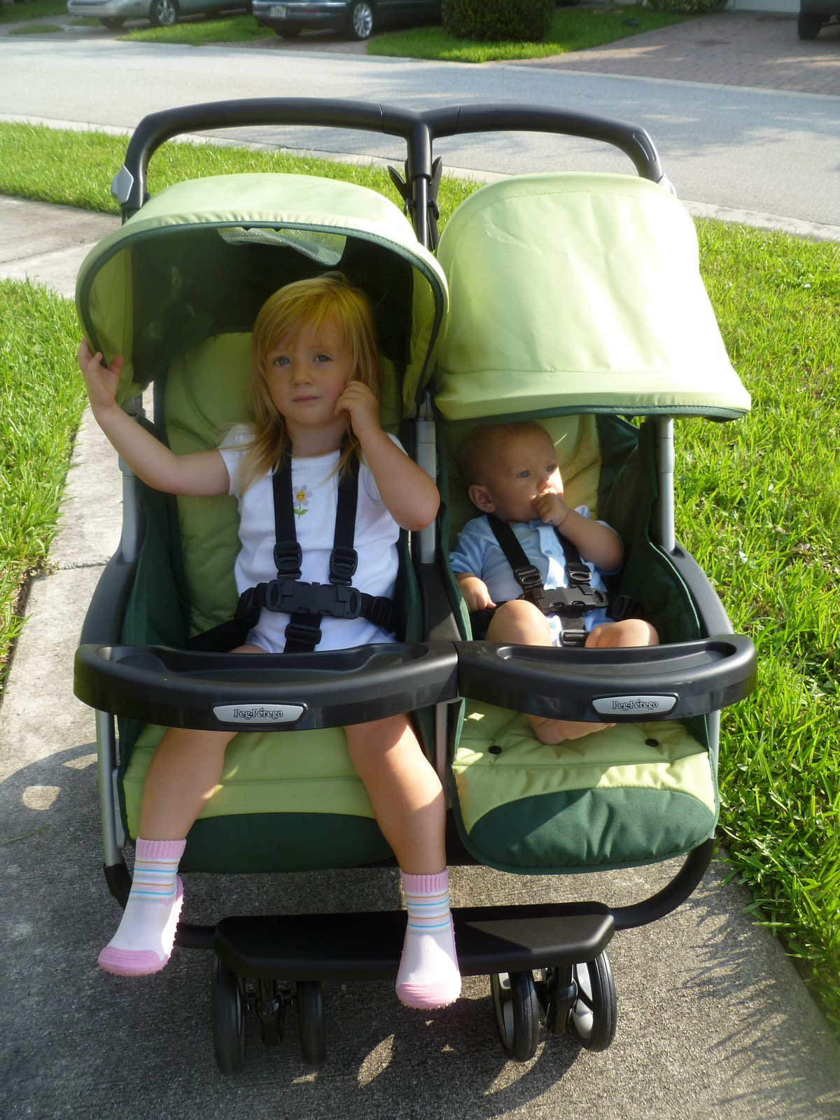 Peg Perego Aria Twin Stroller Peg Perego Aria Twin 60 40 Double Stroller Review