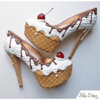 scarpe decorate a forma di gelato