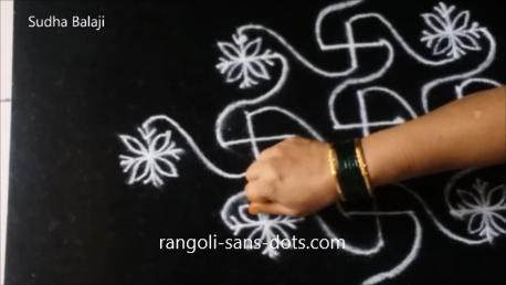 kolam-with-plus-designs-1au.png