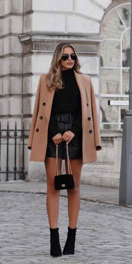30+ Pretty Winter Outfits You Can Wear on Repeat. winter fashions | winter fashion inspiration | winter fashion ideas | winter fashion style. #winter #outfits #fashion #style
