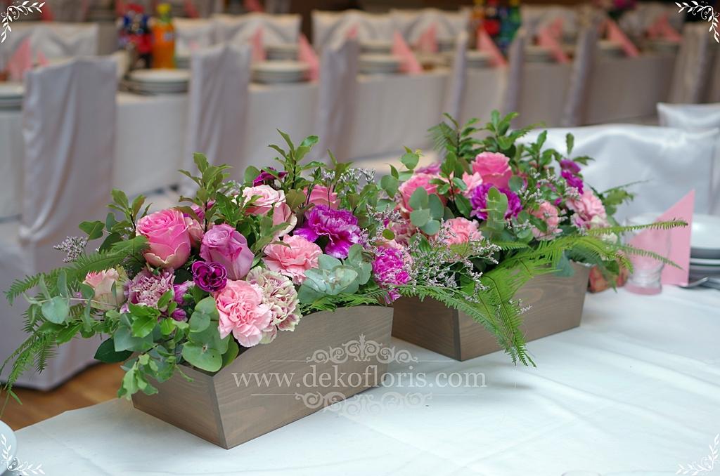 Różowa Rustykalna dekoracja sali weselnej Głubczyce