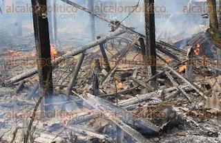Se incendia casa en Papantla con niños dentro