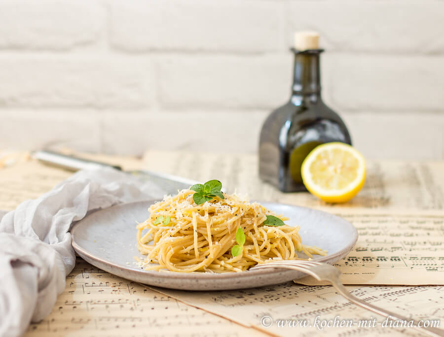 Zitronenspaghetti