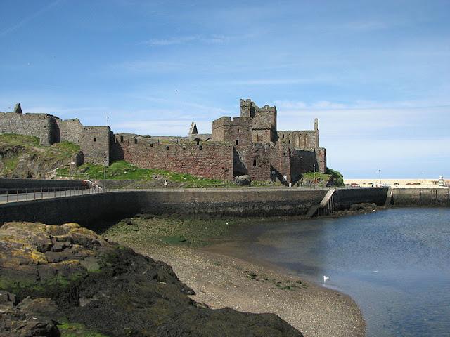 Замок на острове Мэн