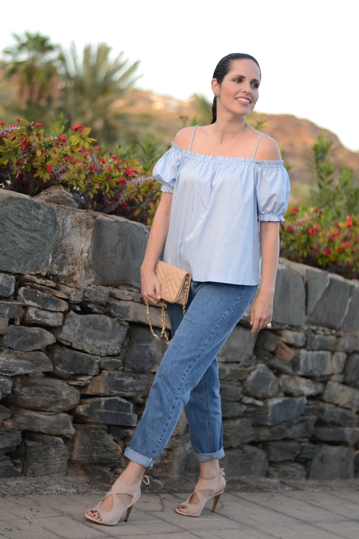 zara-mom-jeans-h&m-top-outfit-street-style