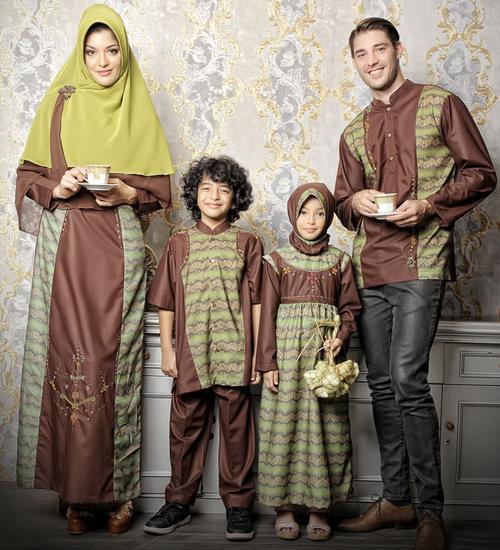 model baju sarimbit keluarga