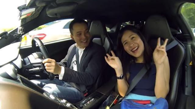 ¡De locura! Dan servicio de Uber con un McLaren MP4-12C
